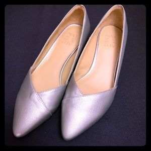NEW Naturalizer low heel